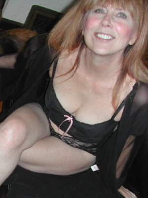 Ann33, 42 from West Midlands | XXX Sex Contacts