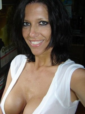 Kirsty7, 42 from Greater London | XXX Sex Contacts