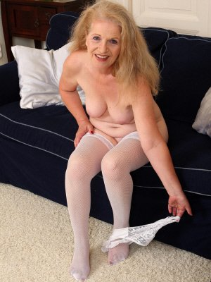 Ann9, 62 from Greater Manchester | XXX Sex Contacts