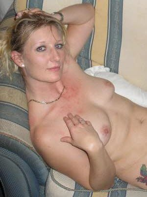 Vicky8, 33 from Hertfordshire | XXX Sex Contacts