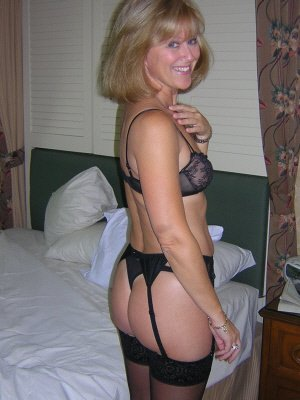 Julia4, 39 from Tyne and Wear | XXX Sex Contacts