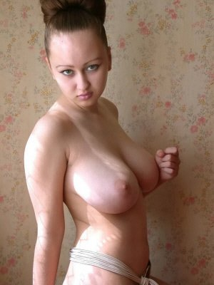 Elyse, 23 from Buckinghamshire | XXX Sex Contacts