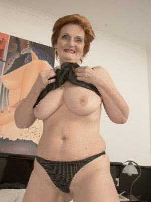 Diane5, 67 from Greater Manchester | XXX Sex Contacts