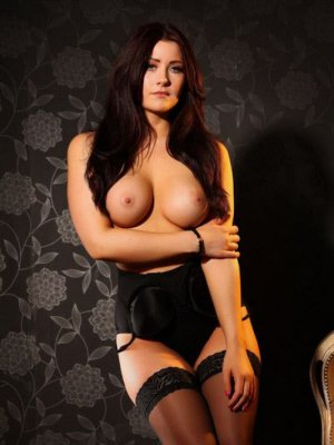 Jasmine3, 28 from Berkshire | XXX Sex Contacts