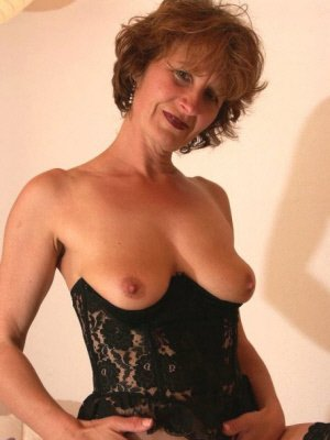 Iona2, 45 from North Yorkshire | XXX Sex Contacts