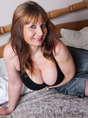 Haley, 57 from Greater London | XXX Sex Contacts