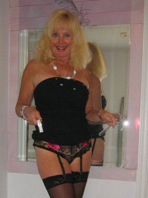 Nerys58, 58 from Gwent | XXX Sex Contacts