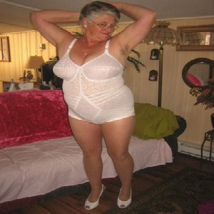 xxx mature match uk