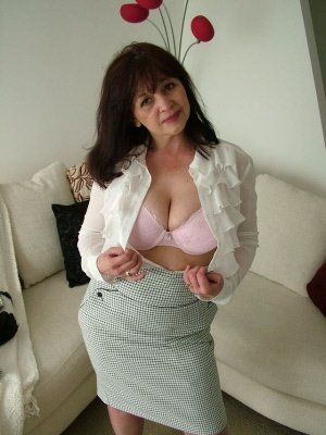 Carol52, 52 from Greater London | XXX Sex Contacts