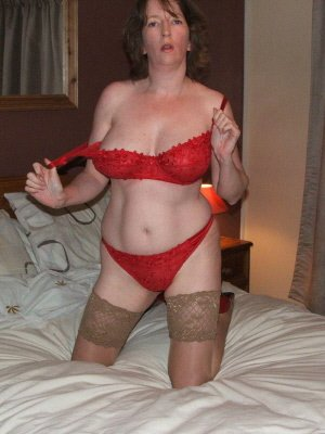 Ann57, 57 from Gloucestershire | XXX Sex Contacts