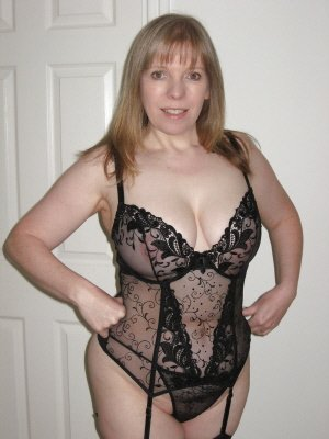Lynne, 44 from Cambridgeshire | XXX Sex Contacts