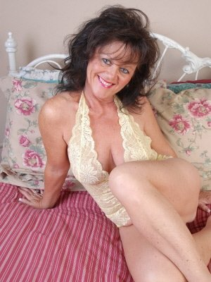 Vivien, 62 from Inverness | XXX Sex Contacts