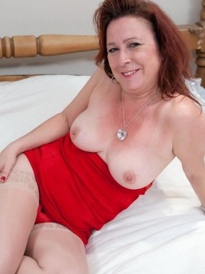 Lara53, 53 from City of Glasgow | XXX Sex Contacts