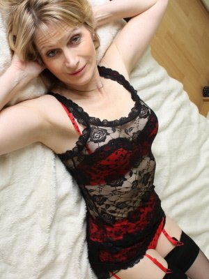 Hana57, 57 from Cornwall | XXX Sex Contacts