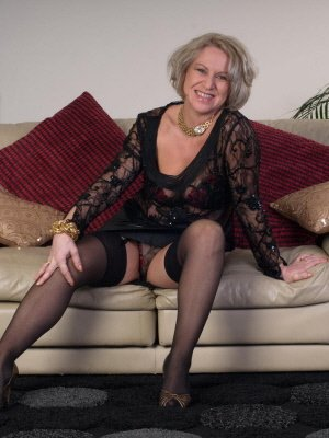 Faye66, 66 from Berkshire | XXX Sex Contacts