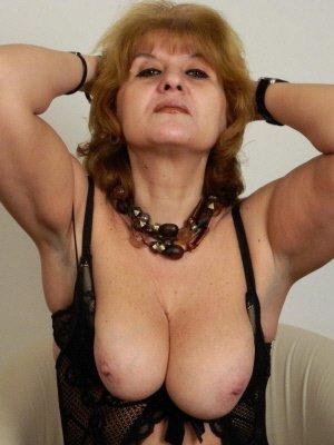 Victoria61, 61 from Kent | XXX Sex Contacts