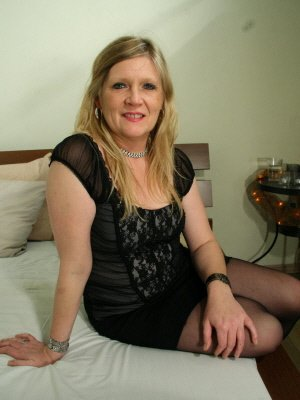 Stella55, 55 from Clwyd | XXX Sex Contacts