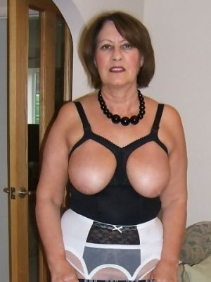 Peggy, 62 from Greater London | XXX Sex Contacts