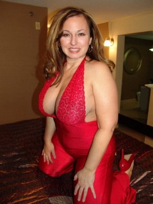 Gwen38, 38 from Gloucestershire | XXX Sex Contacts