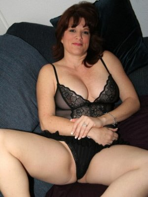 Ruth44, 44 from Berkshire | XXX Sex Contacts