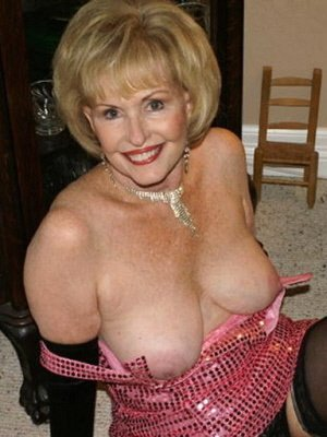 Sue57, 57 from Oxfordshire | XXX Sex Contacts