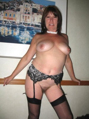 Shonna, 33 from Mid Glamorgan | XXX Sex Contacts