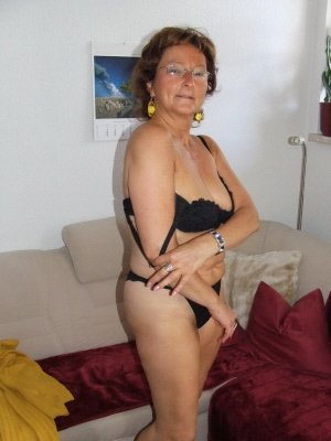 Tina65, 65 from Gloucestershire | XXX Sex Contacts