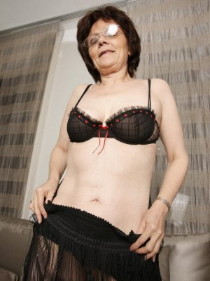 Linda57, 57 from Merseyside | XXX Sex Contacts
