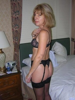 Anita56, 56 from Greater London | XXX Sex Contacts