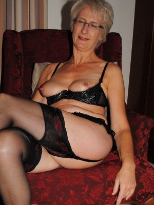 Heather64, 64 from Hertfordshire | XXX Sex Contacts