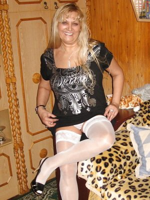 Wendy46, 46 from Greater London | XXX Sex Contacts