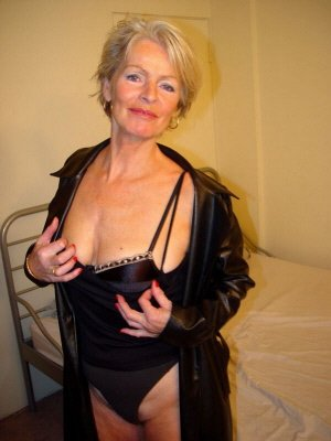 Angela63, 63 from Essex | XXX Sex Contacts
