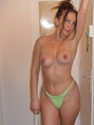 Racheal47, 47 from Cumbria | XXX Sex Contacts