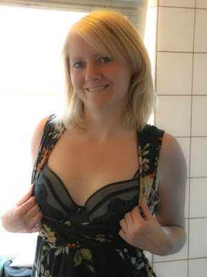 Debs46, 46 from Warwickshire | XXX Sex Contacts