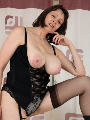 Jane53, 53 from Kent | XXX Sex Contacts