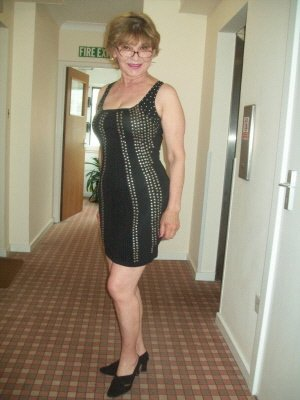 Maureen, 67 from Buckinghamshire | XXX Sex Contacts
