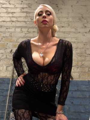 Domina38, 38 from Bristol | XXX Sex Contacts